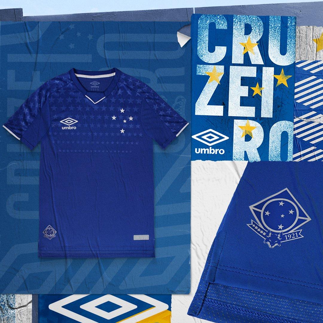 af6ad03842cc3 A nova camisa do Cruzeiro será comercializada na Fut a partir do 09 de  março.