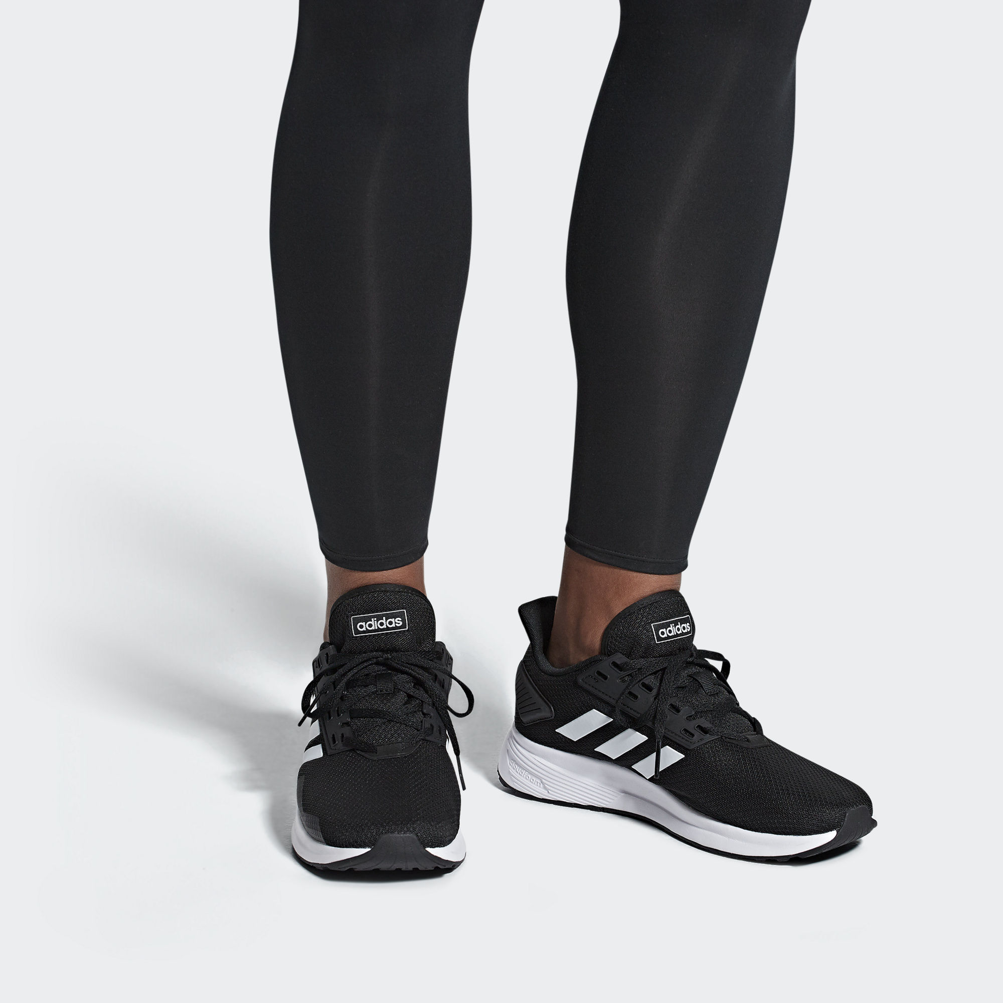 Melhores tênis para caminhada: Adidas Duramo 9