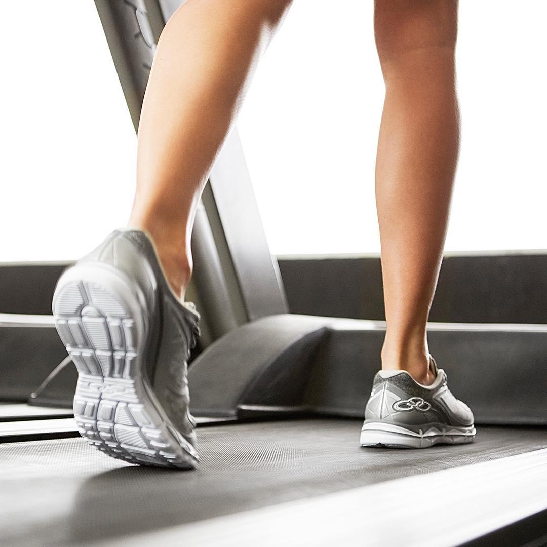 O Olympikus Flit é um ótimo tênis para academia e caminhad