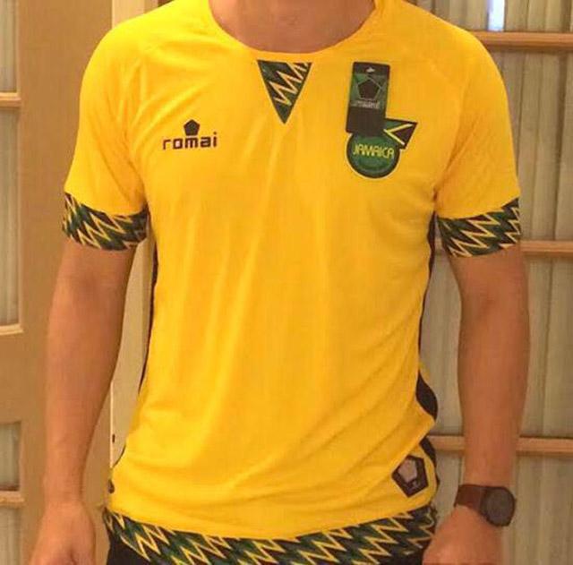 Camisas de times em promoção: Jamaica