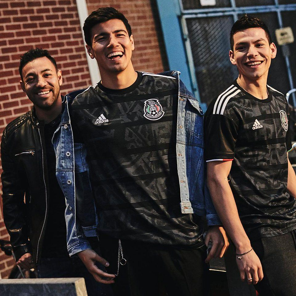 Camisas de times em promoção: México