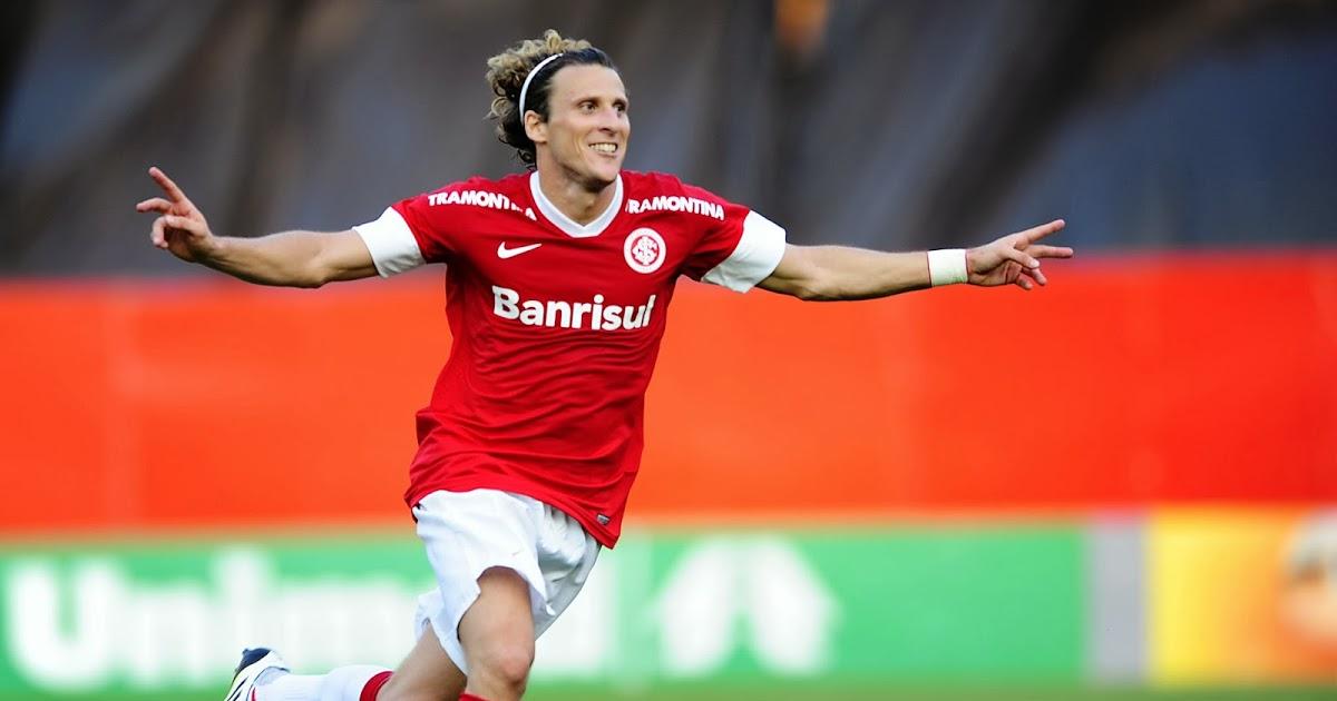 Jogadores estrangeiros no Brasil: Diego Forlán