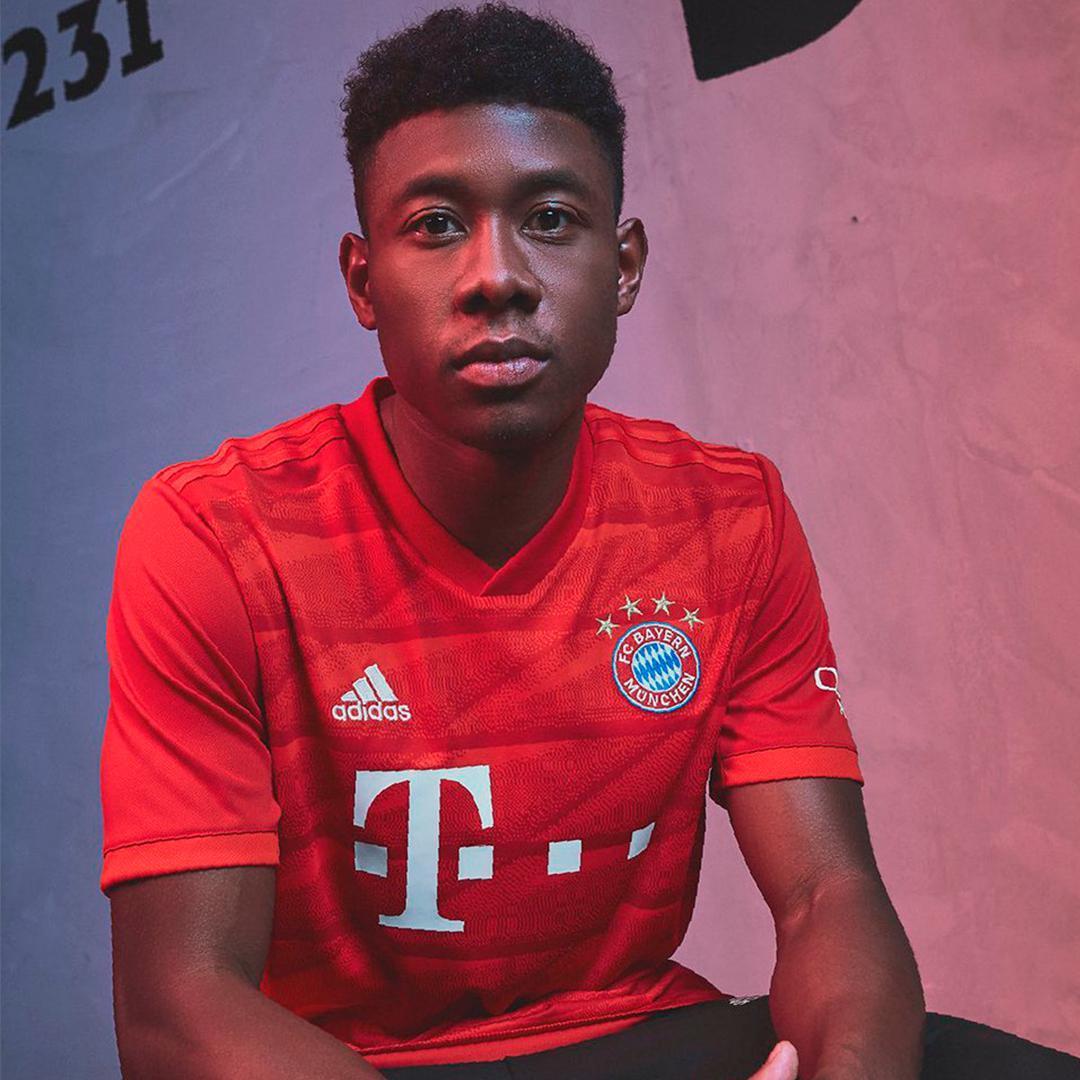 estrelas na camisa do futebol alemão Bayern