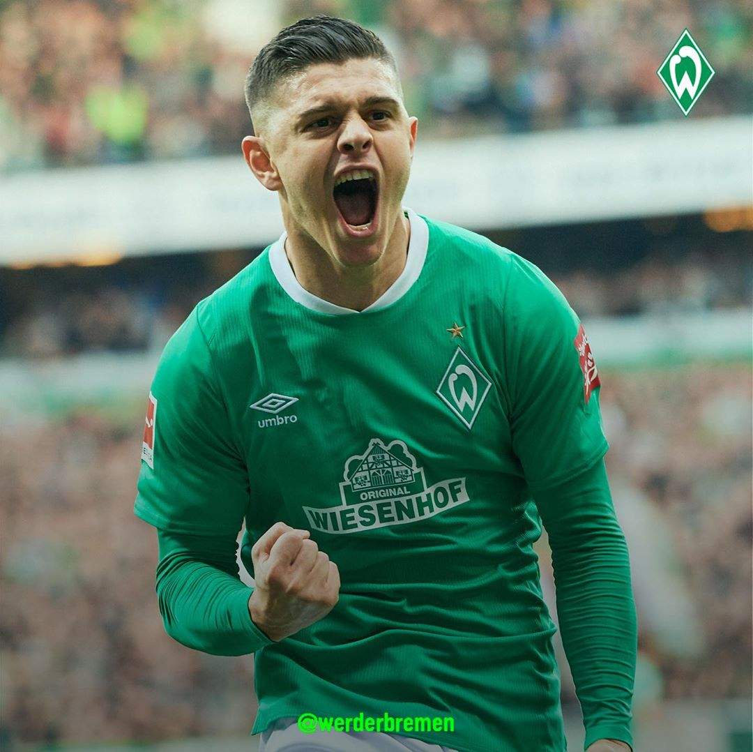 estrelas na camisa do futebol alemão Werder